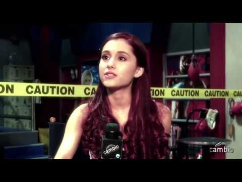 Ariana Grande and Jennette McCurdy  with Cambio About Sam and Cat