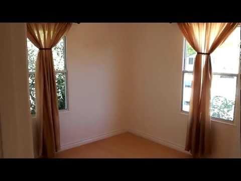 real-estate-agent-daniel-gordon-tours-westchester-los-angeles-home-for-sale