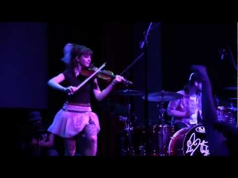 DAY232 - Lindsey Stirling - Zi Zi's Journey