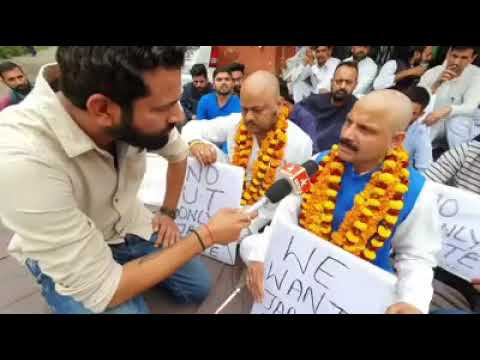 Balwant Singh Mankotia Shaved His Head As A Mark Of Protest To Restore Statehood Status Of J&K