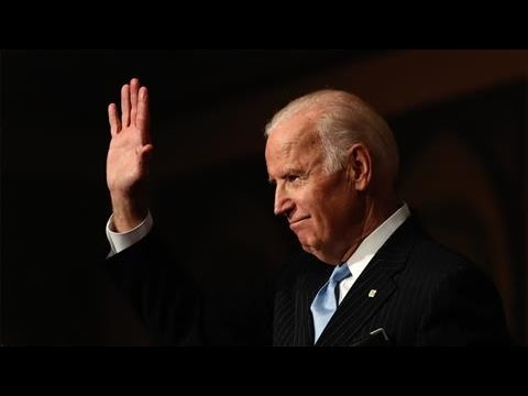 Biden Defends Obama Financial-Regulation Policies