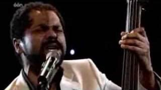 Ronny Mosuse - Laat Me Niet Alleen (Live)