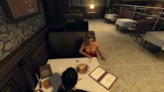 Моника вырезанная подружка Вито на его вилле.