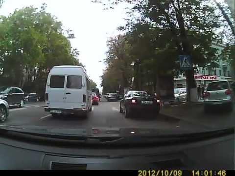 Сел в авто с номером RM-A а Закон остался на улице !