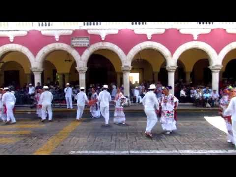 JARANA DANCERS - YUCATAN MEXICO FOLK MUSIC