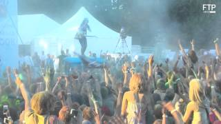 Noize MC использует Огнетушитель с Красками Холи(, 2015-05-07T14:09:01.000Z)