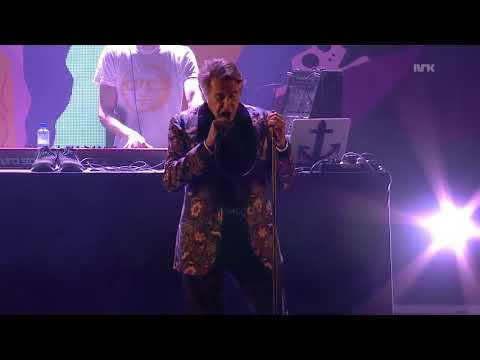 Todd Terje - Johnny and Mary (feat. Bryan Ferry) Live at Øya Festival 2014-08-09