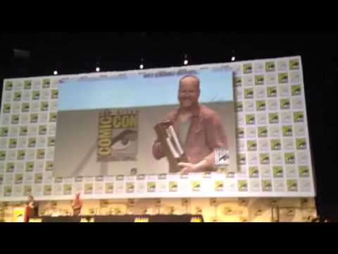 Joss Whedon Gets Comic Con Icon Award #SDCC