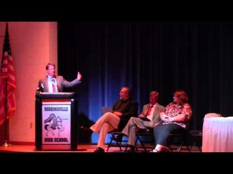 NC Governor Pat McCrory at Robbinsville Middle School 8/19/2013