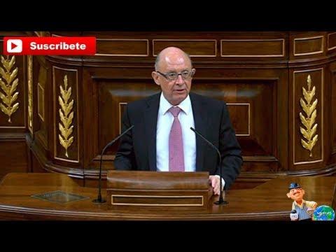 Cristobal Montoro Sr  Tarda Usted no distingue lo que es una Democracia