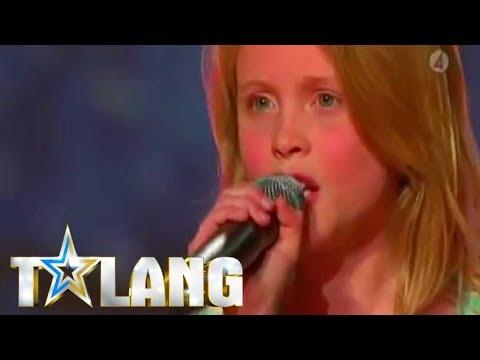 Zara Larssons first TV performance - Sweden's Got Talent 2008