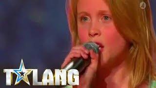 Zara Larssons första TV-framträdande - Talang 2008 thumbnail