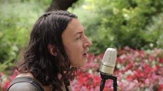 "Noah Gundersen - ""Jealous Love"" - Live from The Paste Parlour"