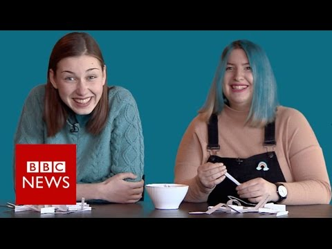 Russian teenagers on protests and Putin - BBC News