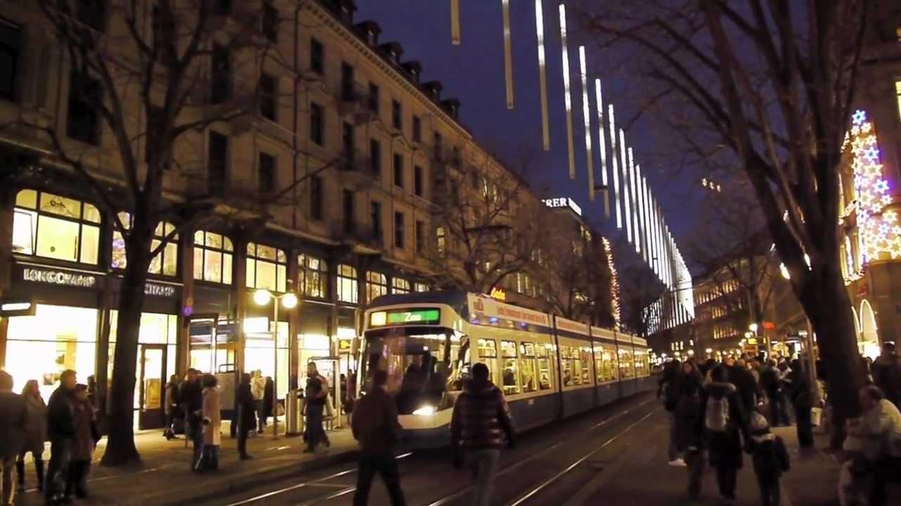weihnachtsbeleuchtung an der bahnhofstrasse in z rich 39 the world largest timepiece 39 youtube. Black Bedroom Furniture Sets. Home Design Ideas