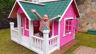 Öykü's New Playhouse and Dad - Fun Kid Video Oyuncak Avı