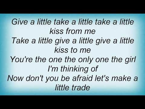 Hank Thompson - Give A Little Take A Little Lyrics