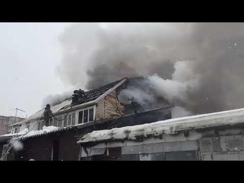 Крупный пожар в Октябрьском районе потушили пожарные (часть 4)
