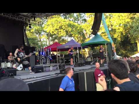 killswitch-engage---you-don't-bleed-for-me-(live)-central-park-hd-7/28/15