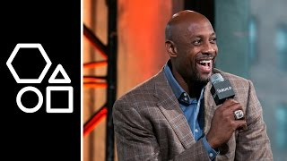 Alonzo Mourning Knows How To Put A Smile On A Child
