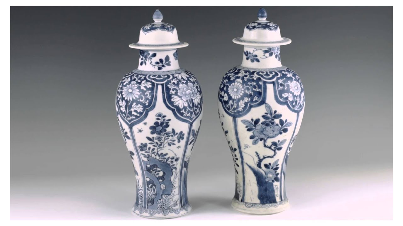 Chinese early kangxi blue and white porcelain youtube chinese early kangxi blue and white porcelain floridaeventfo Images