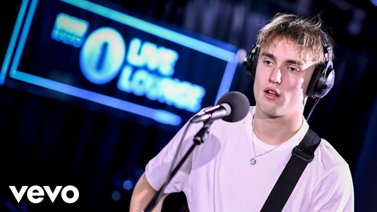 Sam Fender - Play God in the Live Lounge