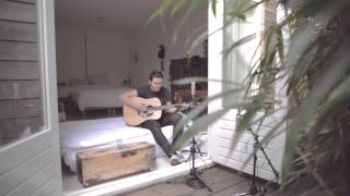 Haris - Love Me To Pieces (Bedroom Sessions Live Recording)