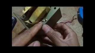 Como testar um trafo de microondas com segurança ! Ou fazer uma fonte sem mexer no enrolamento