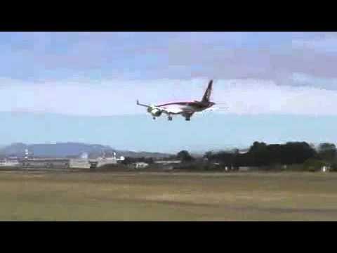 Mitsubishi Regional Jet Completes Its First Flight