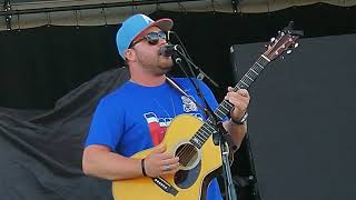Mitchell Tenpenny- Drunk Me Video