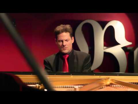 Oliver Schnyder – Johannes Brahms: Intermezzo in A major, Op. 118, No. 2