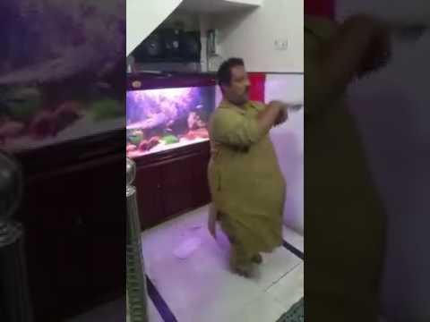 Mote aadmi ka dance