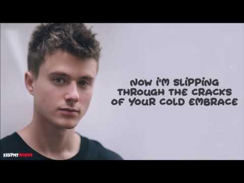 Alec Benjamin - Let Me Down Slowly ( Lyrics Video )