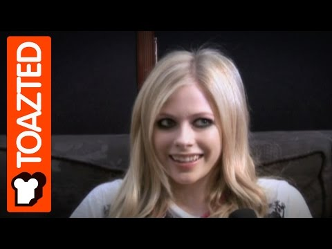 Avril lavigne Interview | I'm Like The Most Real Person Ever | Toazted