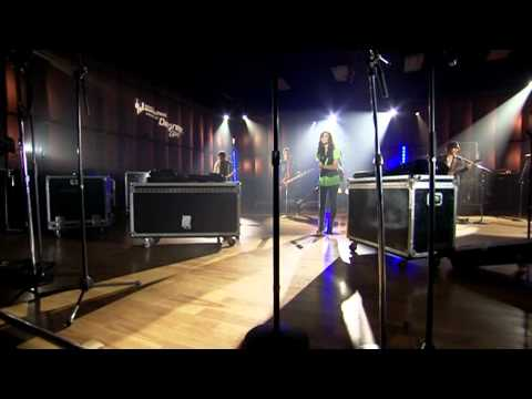 Demi Lovato - Dont Forget (Live) [Walmart Soundcheck] (1080p HD)