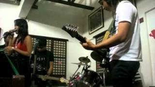 Cerbeza Band Cover - California King Bed live at Petrius