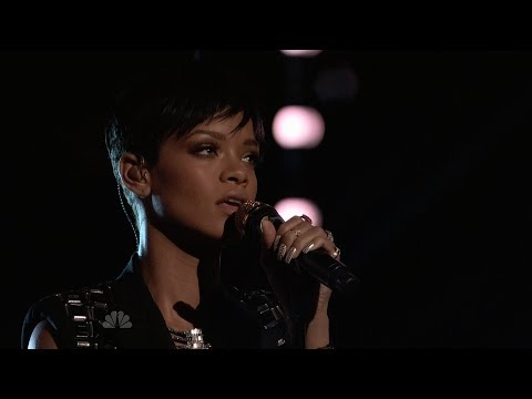 Rihanna - Diamonds (Live on The Voice Final) HD