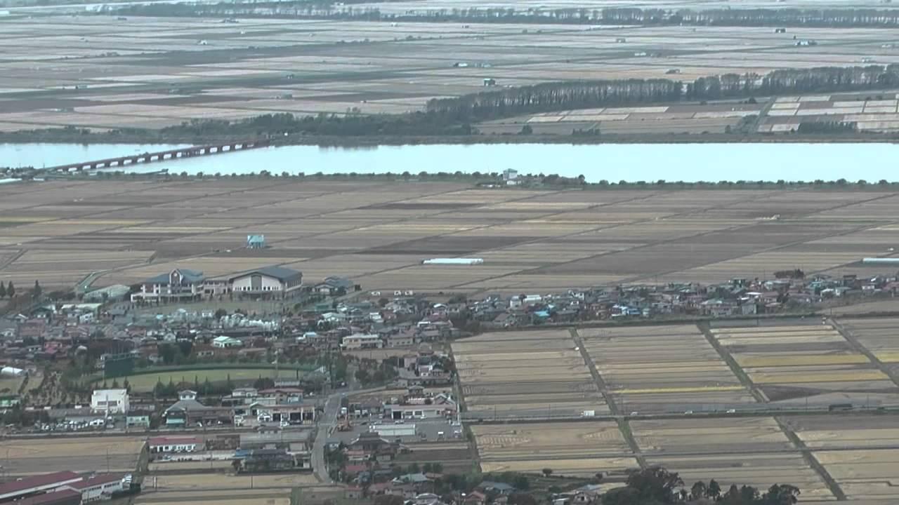八郎潟俯瞰地の眺望 - YouTube