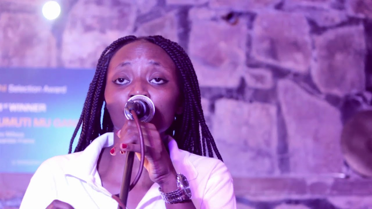 Vulindrela by Brenda Fassie covered by UMUTI MU NGANZO   #brenda fassie #covers #music