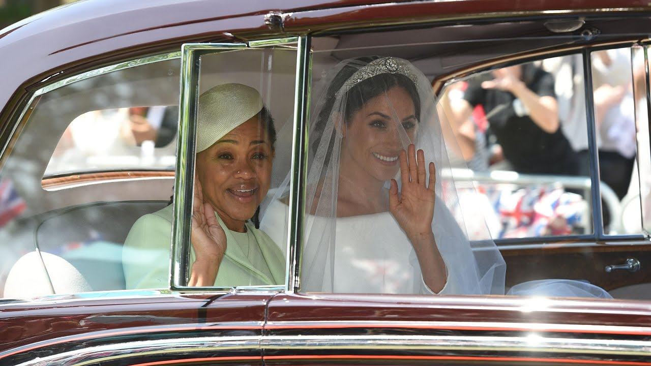 meghan-markle-s-wedding-dress-the-first-glimpse