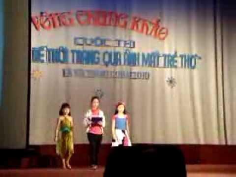 Nhim - Biểu diễn thời trang cung thiếu nhi Hà Nội 2010