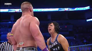 WWE Ciuman maut di atas RING.