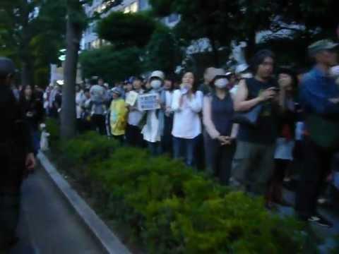 6.15原発再稼働許すな!首相官邸前1 (Anti-nuclear power movement in Tokyo Jun15,2012)