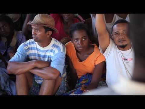 RANO HAMPIVOATRA (Court Metrage / Sud Est) Be Mozik! / CRS - 2011