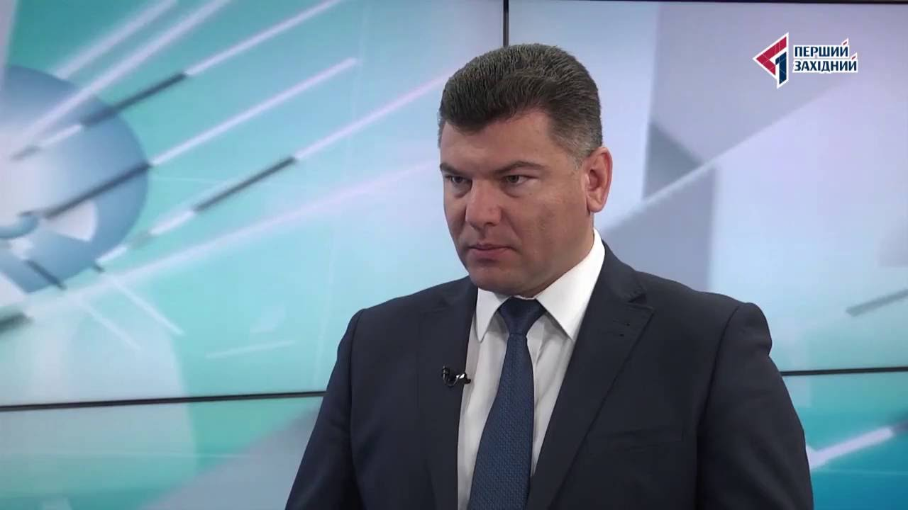 Прикарпатець може позбутися високої державної посади через звинувачення у тотальній корупції (відео)