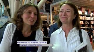 Littérature : Amélie Nothomb en dédicace au Pavé du canal