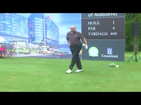 Charles Barkley's new golf swing. An inspiration to us all!