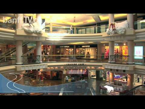 Cascade Plaza Banff's Shopping Mall