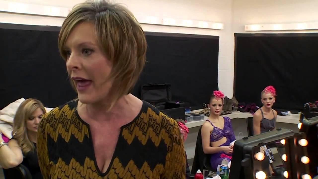 Dance Moms Kelly Attacks Abby Youtube