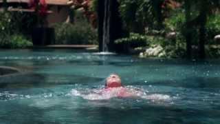 モーリシャス ラックス・ルモーン公式ビデオです